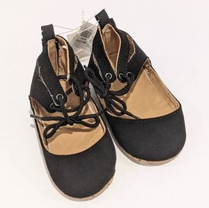 2/$20 NWT Old Navy baby lace up ballet flats